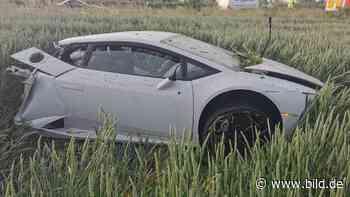 Beckum/Hamm: Lamborghini bei A2-Unfall in zwei Teile zerfetzt - BILD