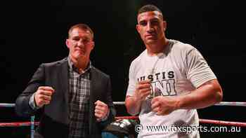 'He'll box his ears off': Huni hoping to end Gal early - Fox Sports
