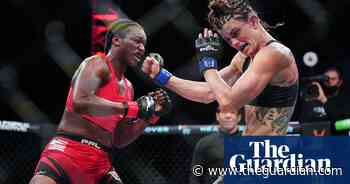 Olympic boxing champion Claressa Shields wins MMA debut by TKO - The Guardian