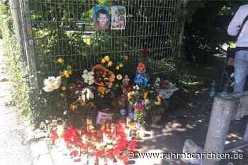 21-Jähriger erschossen: Trauer mit Blumen und Kerzen am Westpark - Ruhr Nachrichten