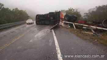 Camionero sufrió importantes lesiones al volcar en El Totoral - El Ancasti