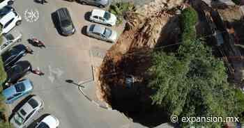 Cráter gigante en aparcamiento israelí - Expansión