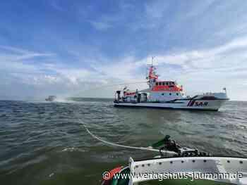 Seenot: Spektakuläre Rettung eines Motorbootfahrers aus Nordsee - www.verlagshaus-jaumann.de