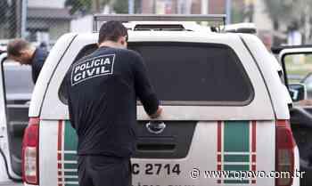 Jovem é encontrada morta em casa com marcas de tiros em Caucaia - O POVO