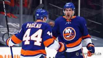 Islanders edge Lightning to take early lead in Stanley Cup semifinal