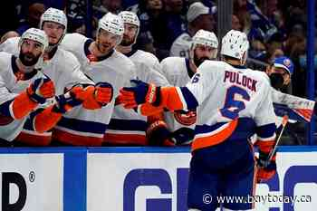 Semyon Varlamov, Islanders beat Lightning 2-1 in Game 1