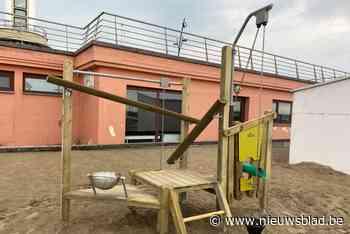 Drie nieuwe speeltoestellen geïnstalleerd ter hoogte van Oos... (Blankenberge) - Het Nieuwsblad