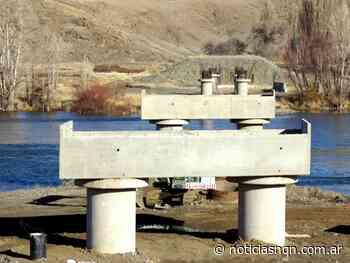 Puente de La Rinconada: ya se colocaron 8 pilotes sobre el río Collón Curá - Noticias NQN