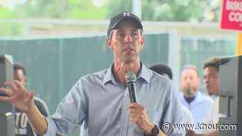 Beto O'Rourke stops in Houston during statewide tour promoting voting rights - KHOU.com