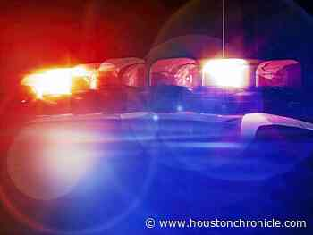 Person found dead in vehicle at west Houston apartment complex, police say - Houston Chronicle