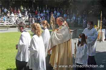 Open-Air-Gottesdienst in Freilichtbühne: Werne erfüllt fast 400 Jahre altes Gelübde - Ruhr Nachrichten