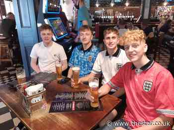 England fans pack out pubs in Sheffield to watch Euro 2020 opener against Croatia - The Star
