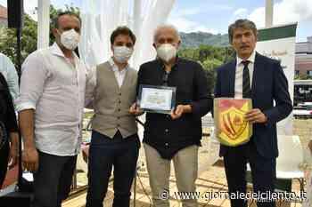 """Castellabate, a Carolina Morace e Gianfranco Coppola il premio """"Orchidea d'argento""""   FOTO - Giornale del Cilento"""