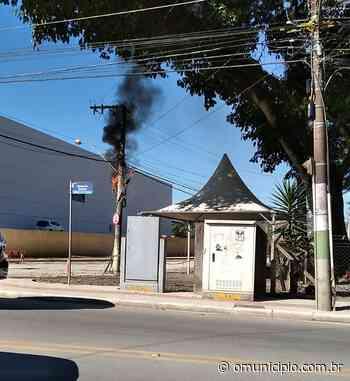Poste pega fogo na rede telefônica no bairro Guarani, em Brusque - O Munícipio
