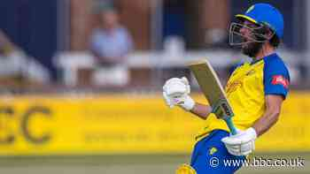 T20 Blast: Ned Eckersley guides Durham to victory over Leicestershire, Worcestershire Rapids win