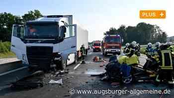 Schwerer Unfall auf B10 bei Neu-Ulm: 20-Jähriger muss notoperiert werden