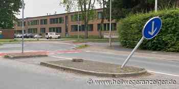 Verkehrsschild in Werne Fürstenhof-Apotheke wird immer wieder umgefahren - Hellweger Anzeiger