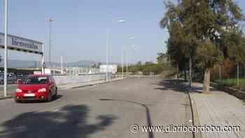 Desalojados cerca de 1.000 vehículos de El Arenal y 200 del parking del Carrefour Zahira - Diario Córdoba
