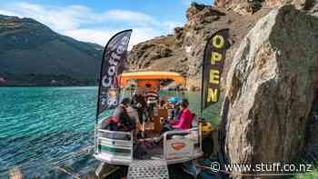 Lake Dunstan Cycle Trail: NZ's coolest coffee shop floats among the mountains - Stuff.co.nz