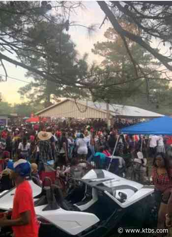Thousands swarm tiny DeSoto village as trail ride crowd overflows; 1, maybe 2, shot - KTBS