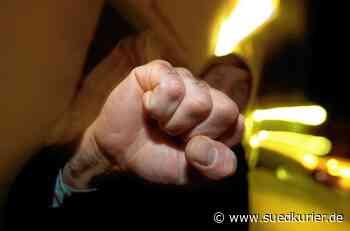 Salem: Betrunkener Jugendlicher will Polizisten schlagen   SÜDKURIER Online - SÜDKURIER Online