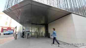 Douai: il refuse de quitter la banque et menace les policiers - La Voix du Nord