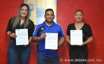 Priístas recibe Constancia como Regidores de Representación Proporcional de Salvador Alvarado - Debate