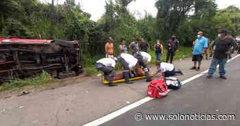 Mujer fallecida y cuatro lesionados tras accidente en Quezaltepeque - Solo Noticias