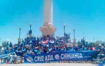 Toman foto oficial de fanáticos del Cruz Azul Chihuahua - El Diario de Chihuahua