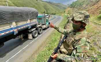 Van 173 mil toneladas de carga movilizadas por vía Cali - Buenaventura con apoyo del Ejército - El País
