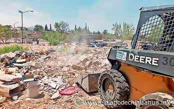 Tras denuncia, limpian basurero en El Palomar - El Diario de Chihuahua