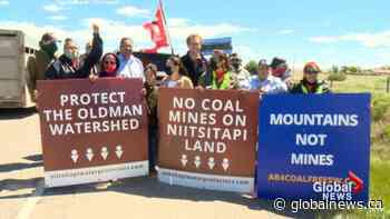 Anti-coal mining car rally in southern Alberta hits road block   Watch News Videos Online - Globalnews.ca