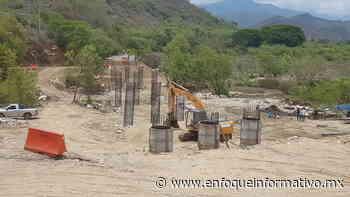 Avanza construcción de puente de la comunidad de Corinto - Enfoque Informativo