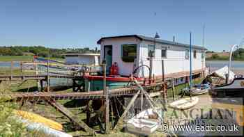 Constancie the houseboat for sale in Woodbridge, Suffolk - East Anglian Daily Times