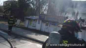 Incendio afectó a cafetería del Hospital Barros Luco en San Miguel - Radio Agricultura