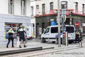 Politie vindt storende bromfiets via lekkende tank (Berchem) - Het Nieuwsblad