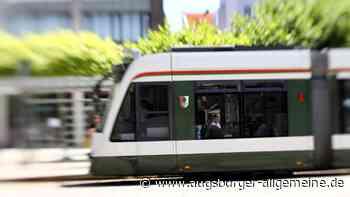 Unbekannter nimmt Straßenbahnen mit Schleuder ins Visier
