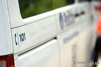 Dronken bestuurder botst tegen geparkeerd voertuig in Diest - Het Belang van Limburg