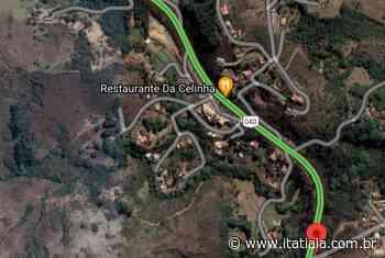 Trânsito fica interditado na BR-040, em Itabirito, para remoção de carretas acidentadas - Rádio Itatiaia