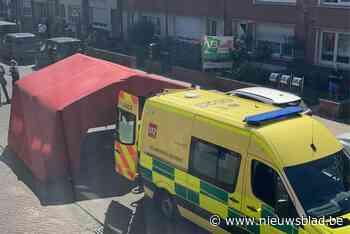 Man doodgestoken op straat in Deurne