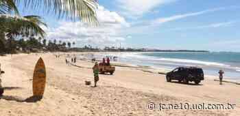 Restrições deixam Praia de Porto de Galinhas, no Grande Recife, vazia em pleno domingo - JC Online