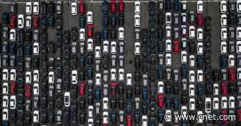 COVID-19 helps push average vehicle age to 12.1 years, study says     - Roadshow
