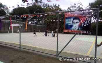 Habitantes de Bello Amanecer tienen nueva cancha de fútbol - El 19 Digital