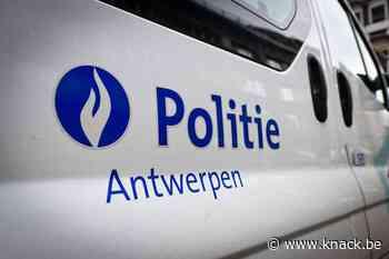 Man overleden na steekpartij aan school in Deurne