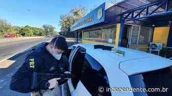 PRF apreende fuzil 556 e prende casal na BR-386 em Montenegro - independente