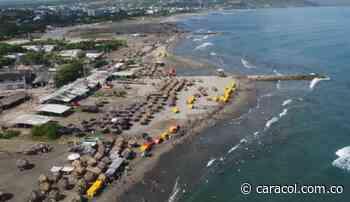 Contemplan comparendos a quienes dejen basuras en playas de Puerto Colombia - Caracol Radio