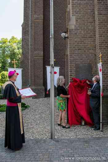 1300-jähriges Bestehen: Ein Bronzetafel für die Pfarrei St. Willibrord - Lokalkompass.de