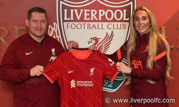 Missy Bo Kearns signs new contract with LFC Women