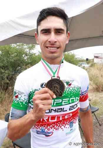 Eder Frayre, futuro olímpico de Ensenada, es felicitado por el alcalde - AGP Deportes