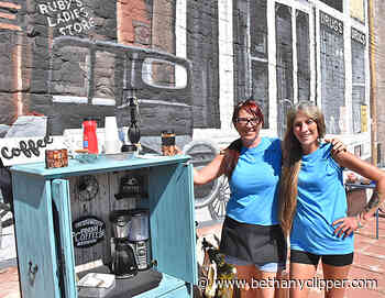 Junkin' on Jefferson draws bargain hunters to downtown • Bethany Republican-Clipper - Bethany Republican-Clipper